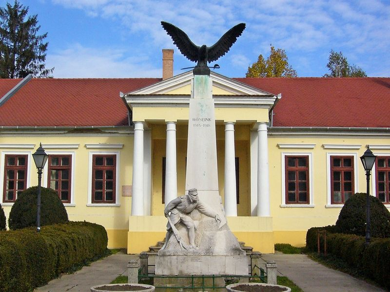 World War I Memorial - Szarvas